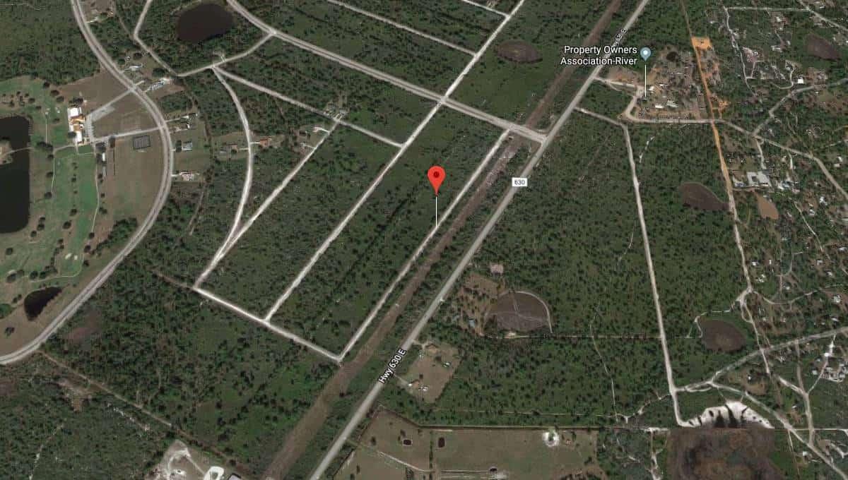 424 St Petersburg Dr Indian Lake Estates, Florida 02