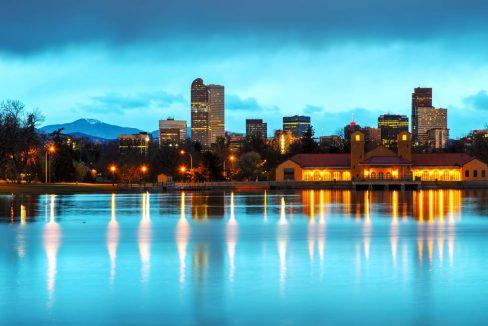 Downtown_Denver_Colorado_City_Park_terrenosnaflorida-com_shutterstock_210098167_1200x680