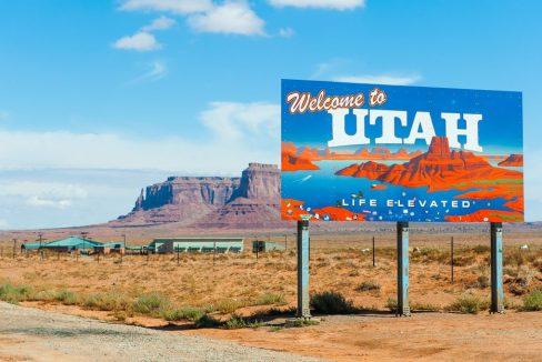 Welcome_to_Utah_Sign_terrenosnaflorida-com_shutterstock_153822674_1200x680