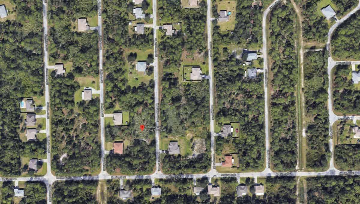 2774 Haberland Ave SE Palm Bay, FL 32909 05